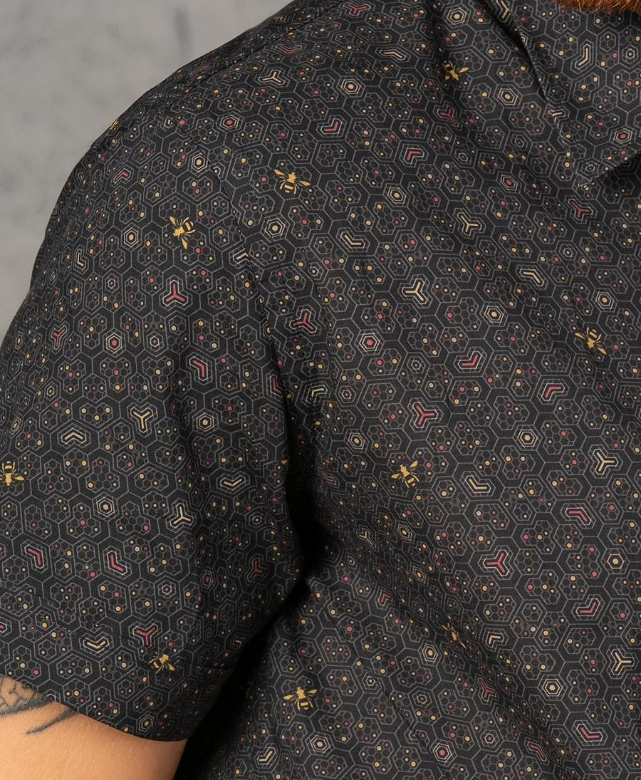 Beez Button Shirt