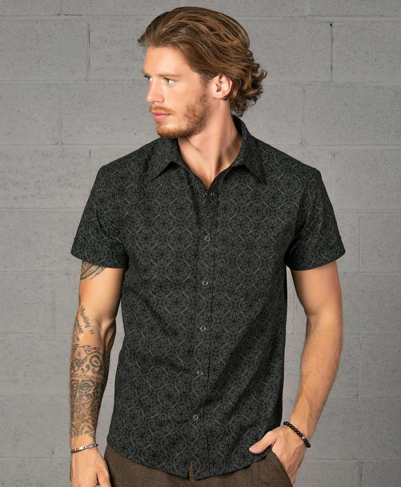 Squarcle Button Shirt ➟ Black