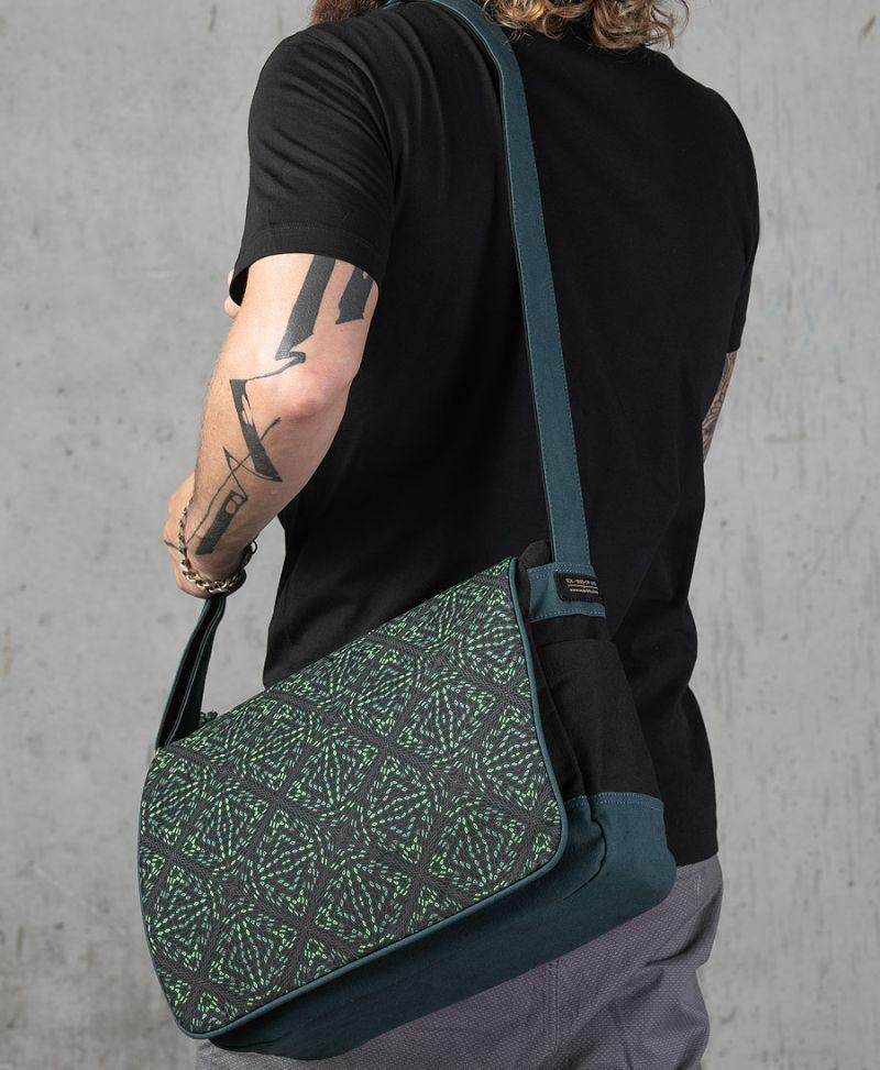 Hexit Messenger Bag | Green