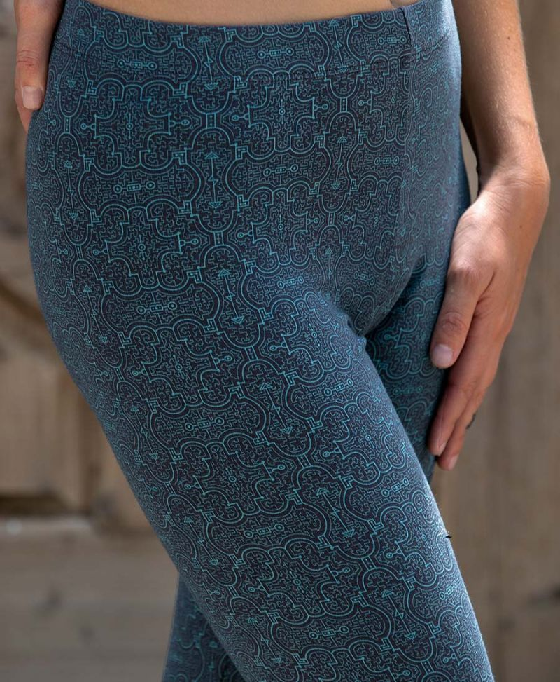blue-shipibo-printed-leggings-women-festival-legging