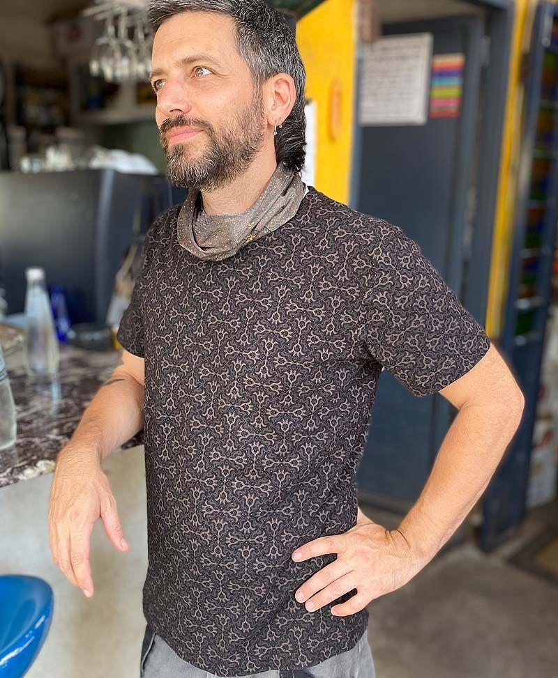 hamsa-shirt-men-tee