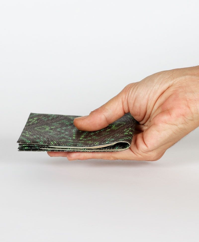 frog-slim-paper-tyvek-wallet-thin-wallet-for-men-vegan-gift