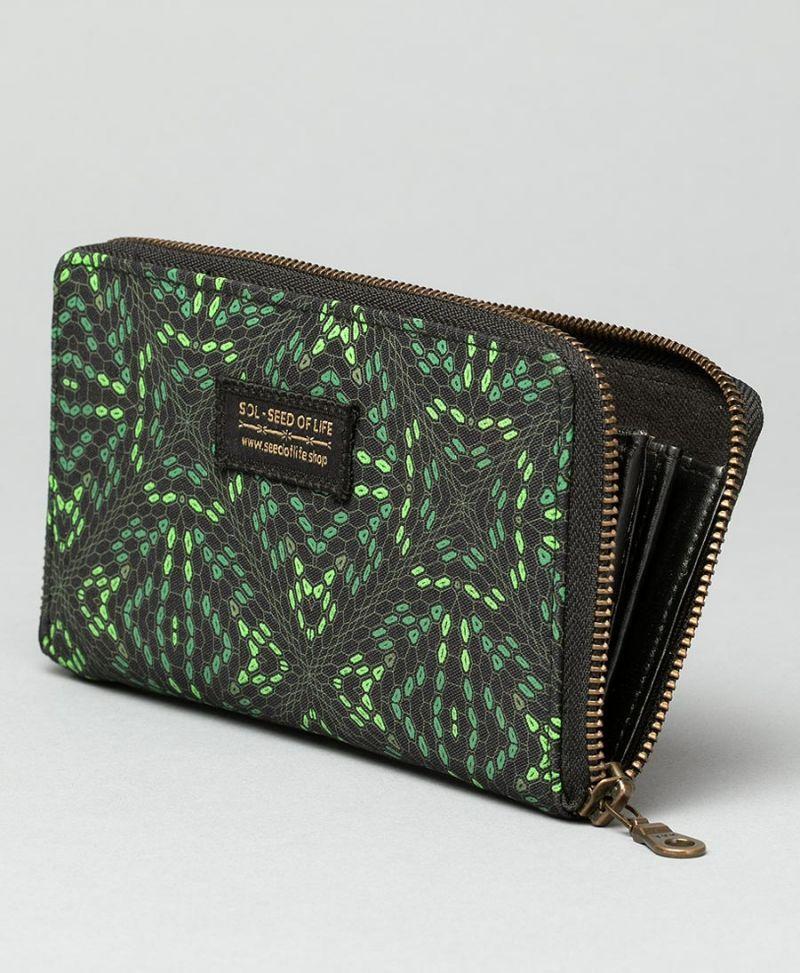 large-canvas-wallet-women-psychedelic-vegan