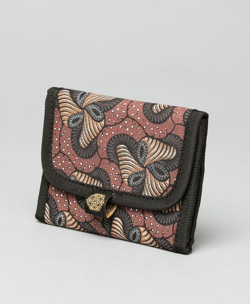 psychedelic-rolling-tobacco-case-pouch-vegan