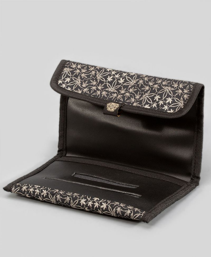 marijuana leaf rolling tobacco pouch case stoner gift
