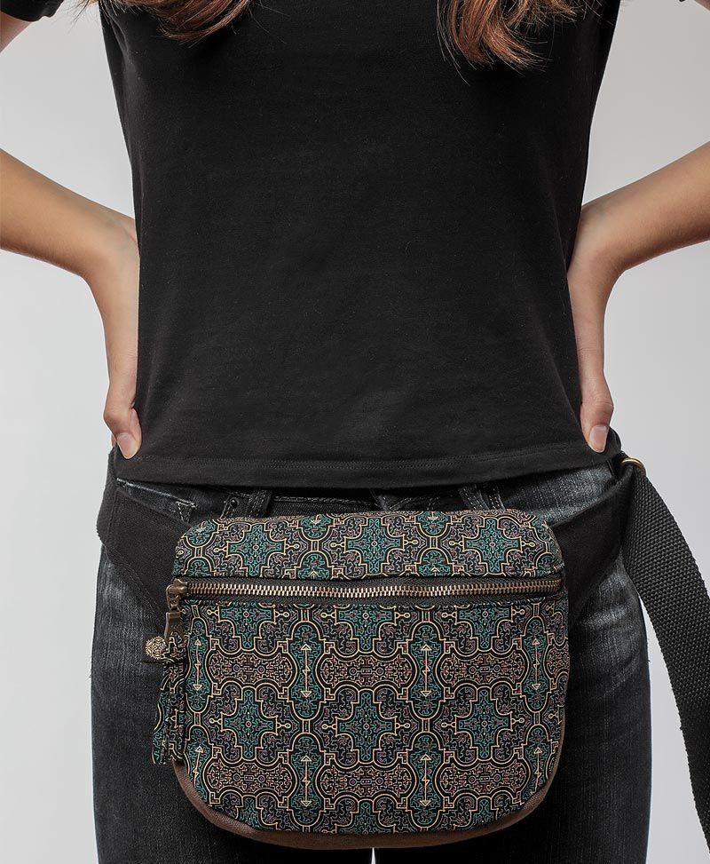shipibo-women-pouch-pocket-belt-fanny-pack-sacred-geometry