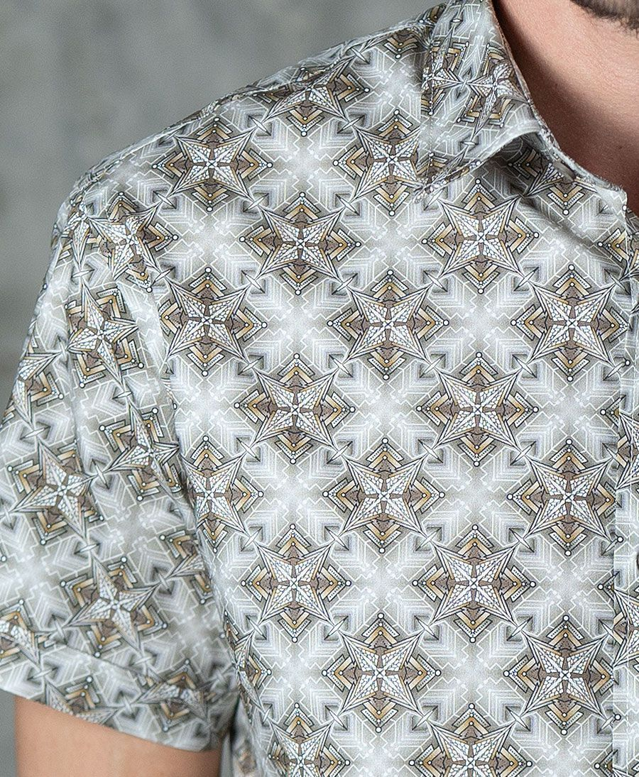 Squarcle Button Shirt