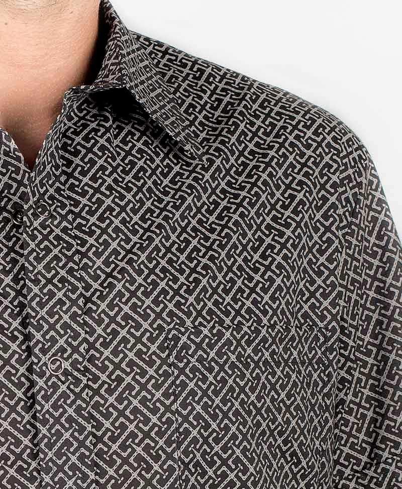 InOut Button Shirt ➟ Black