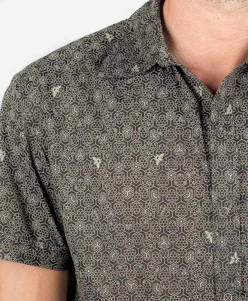 Beez Button Shirt ➟ Black