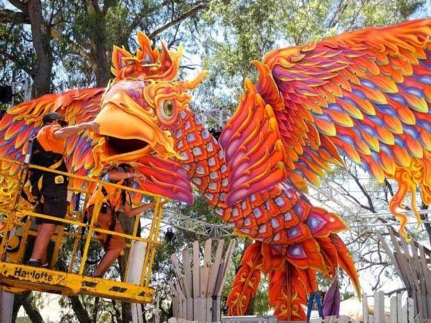 psychedelic-trance-festival-fashion-clothing-daniel-popper-rainbow-phoenix4
