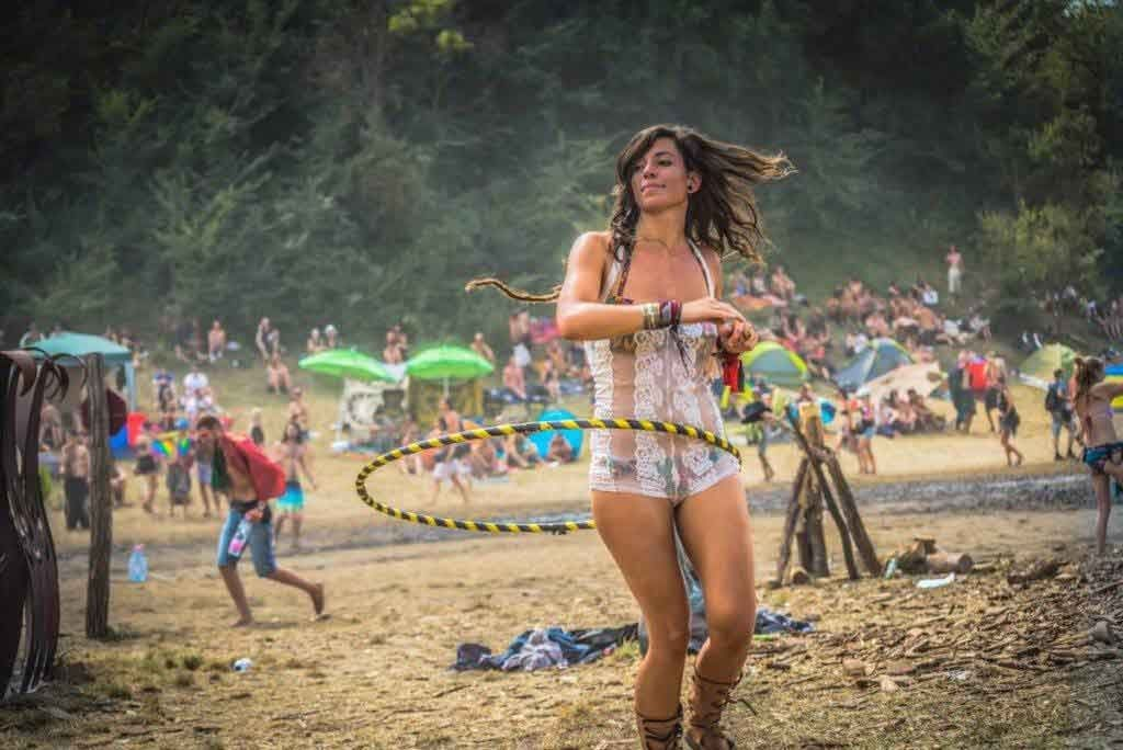 psychedelic-trance-festival-fashion-clothing-sol-seed-of-life-2015-by-Ildikó-Répáczky-ozora-7