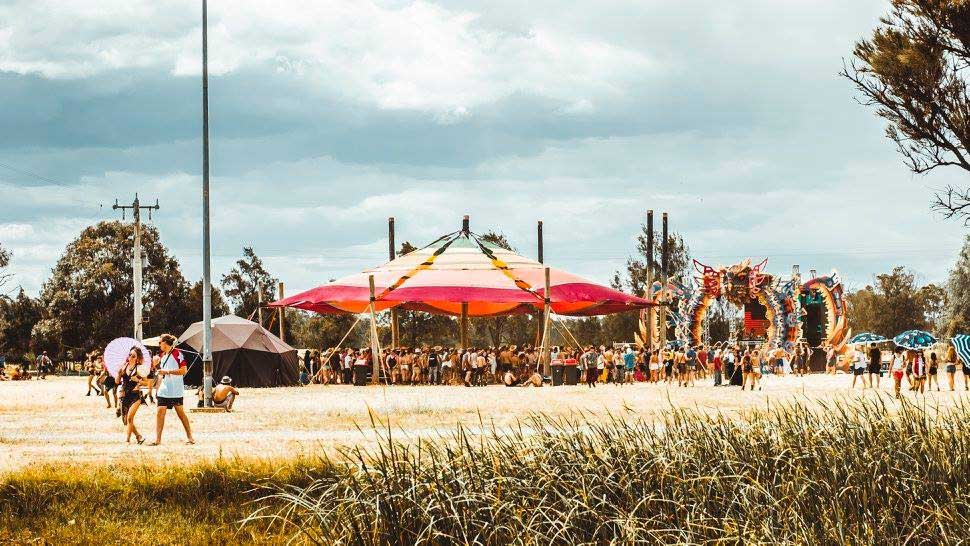 psychedelic-trance-festival-fashion-clothing-2018-earthcore-australia