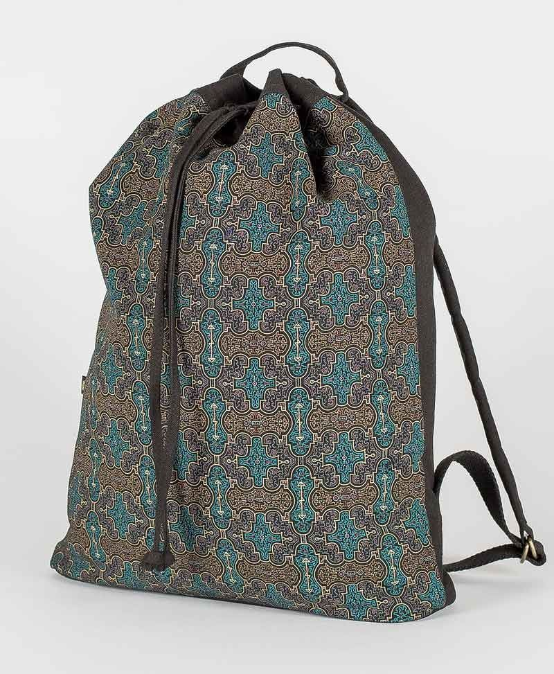 Shipibo Kené ➟ Padded Straps Drawstring Backpack