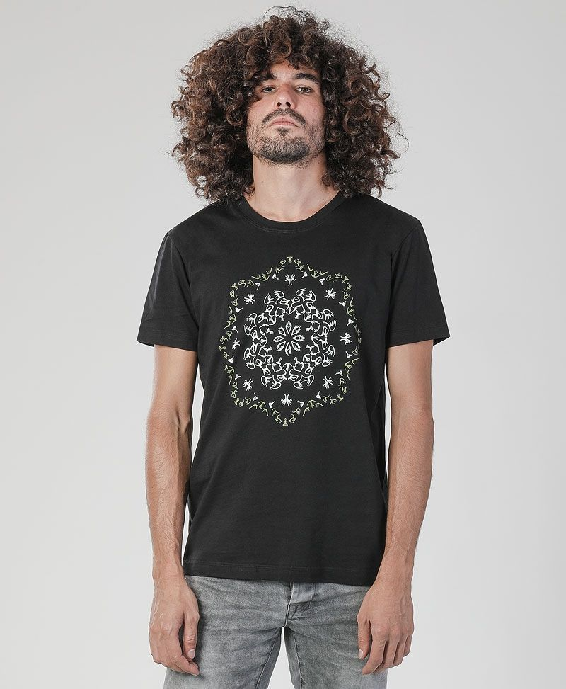 Lotusika T-shirt ➟ Black