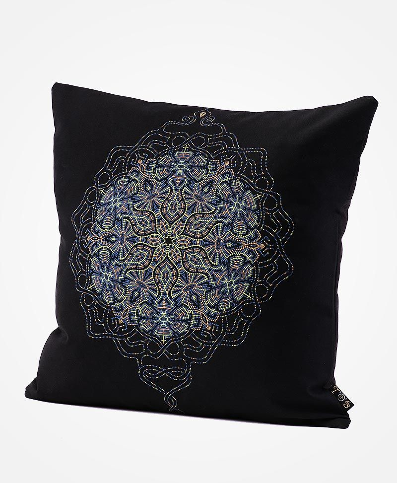 psychedelic-pillow-cover-mandala-cushion-case