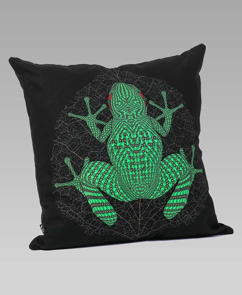Psytrance Clothing Fashion Sapo Kambô Cushion Cover