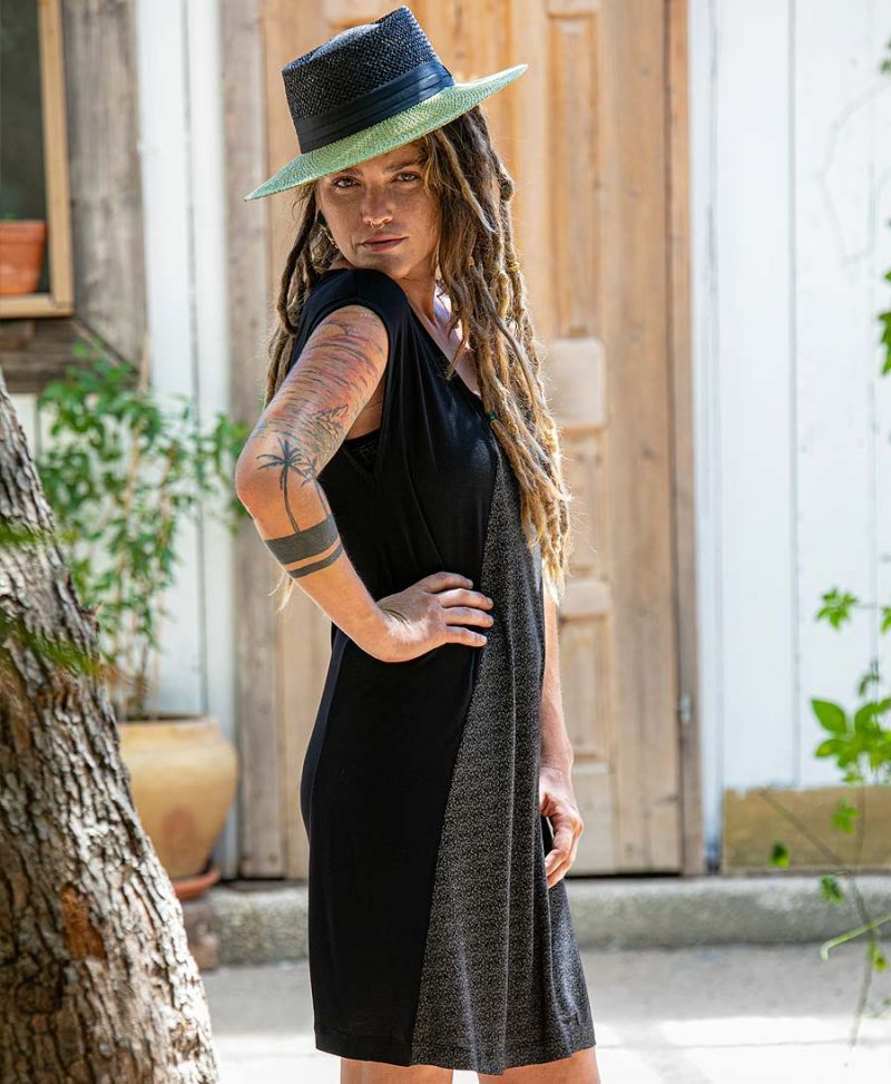 women-festival-dress-psychedelic-clothing