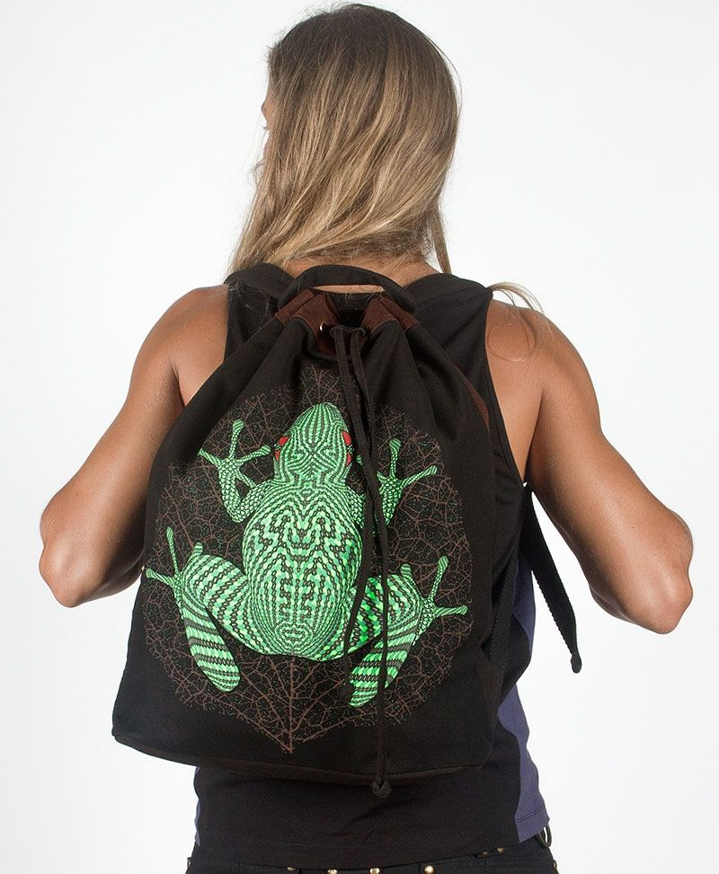 Sapo Kambô ➟ Padded Straps Drawstring Backpack