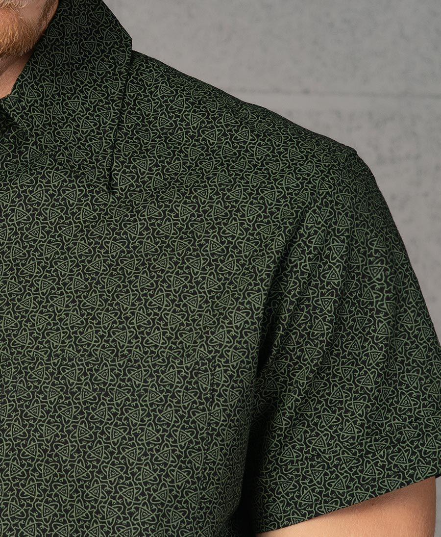 Atomic Button Shirt ➟ Black