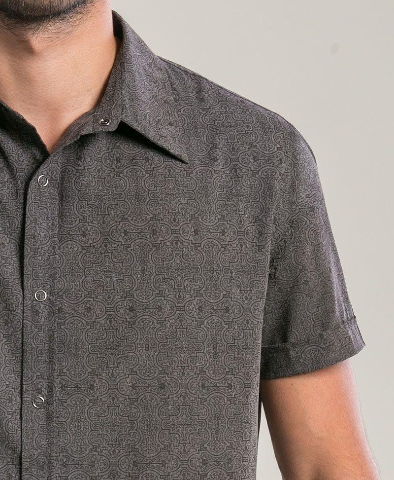 Shipibo Kené Button Shirt ➟ Grey
