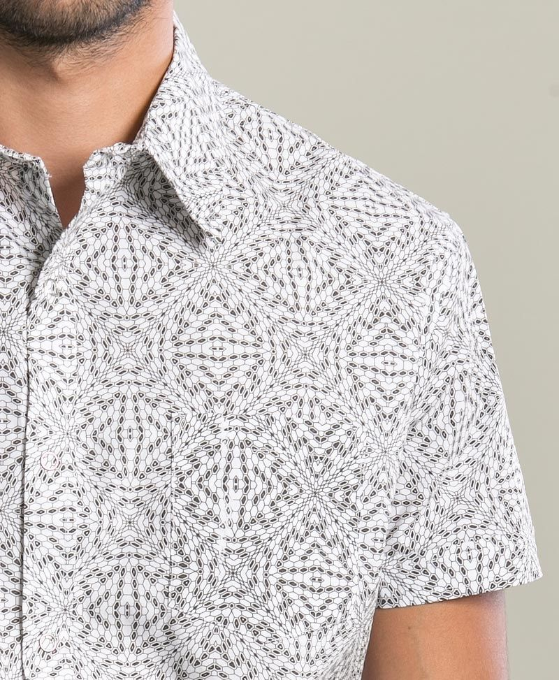 Hexit Button Shirt ➟ White