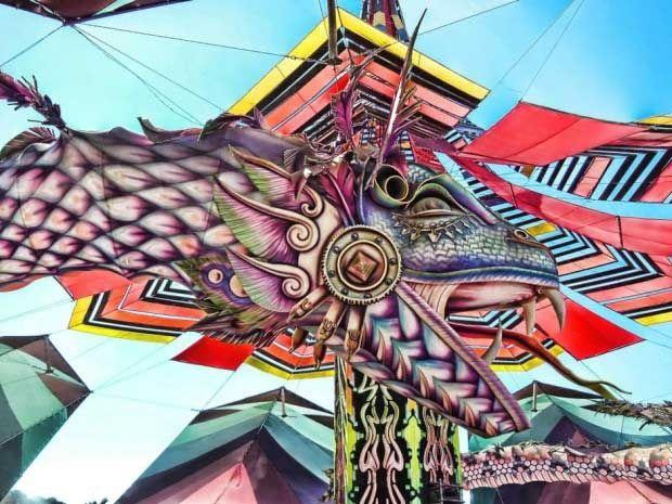 psychedelic-trance-festival-fashion-clothing-daniel-popper-Boom-Serpents-2