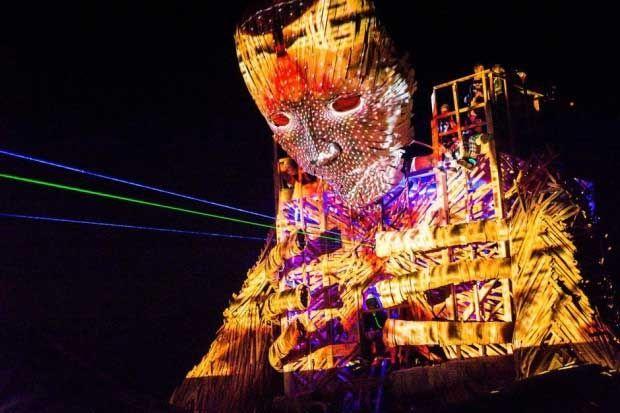 psychedelic-trance-festival-fashion-clothing-daniel-popper-Reflections-at-Afrikaburn-night