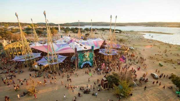psychedelic-trance-festival-fashion-clothing-daniel-popper-boom-festival-2014