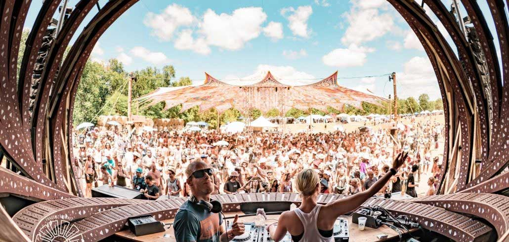 psychedelic-trance-festival-fashion-clothing-2018-eclipse-fest-canada