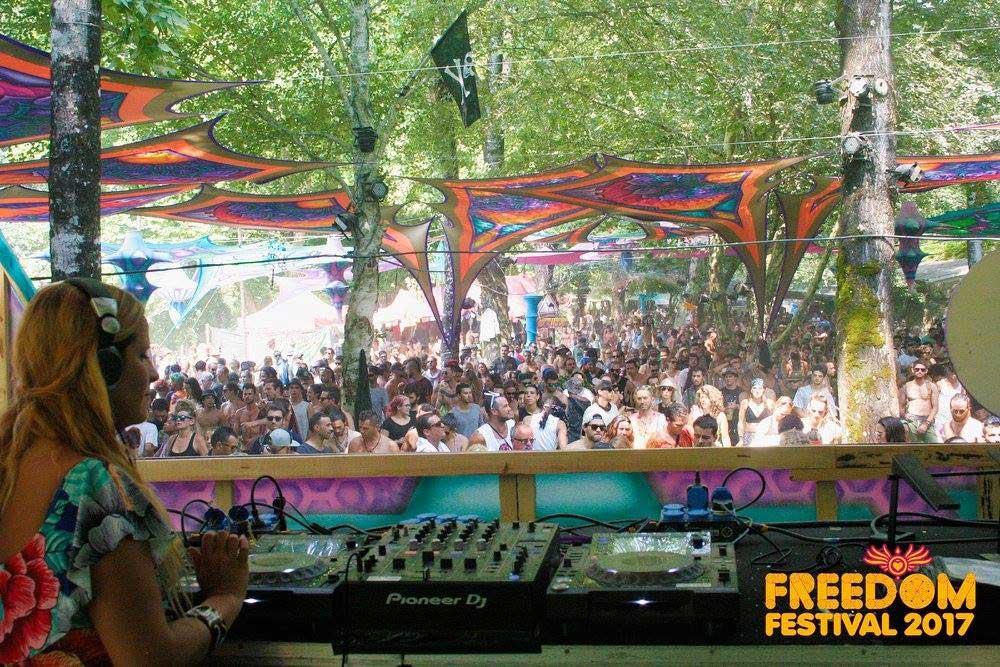 psychedelic-trance-festival-fashion-clothing-2018-freedom-fest