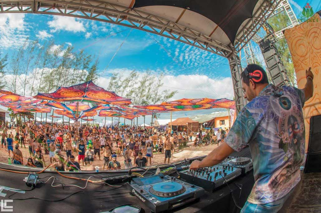 psychedelic-trance-festival-fashion-clothing-2018-respect